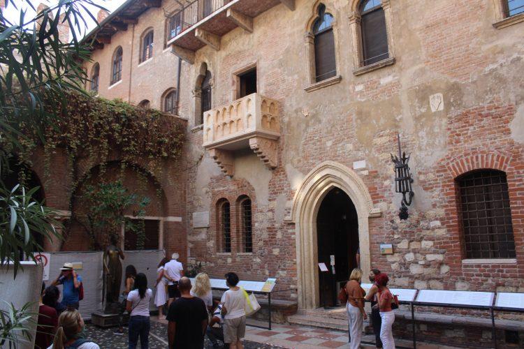 Balcone della casa di Giulietta - Verona