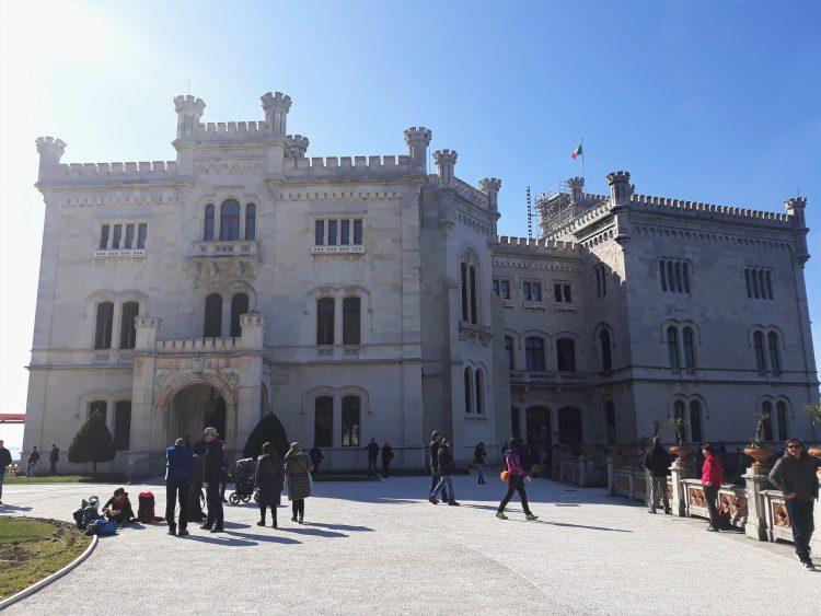 castello di miramare-souvenridiviaggio2