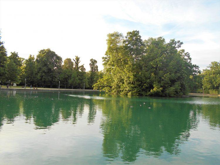 lago palazzo ducale parma