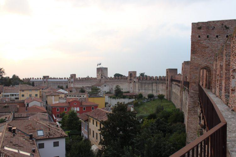 camminamento di ronda-mura di cittadella
