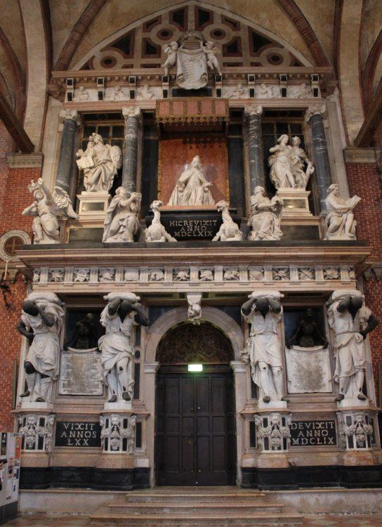 monumeno dedicato a giovanni pesaro-basilica dei frari-venezia