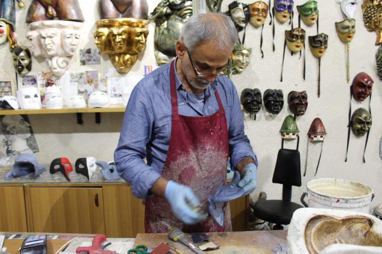 negozio di maschere veneziane casanova