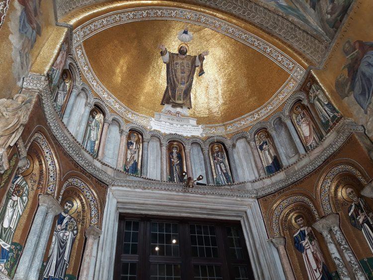 dettaglio di mosaici-basilica venezia