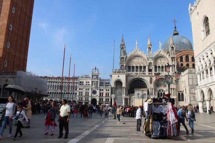 torre dell'orologio e basilica san marco-venezia