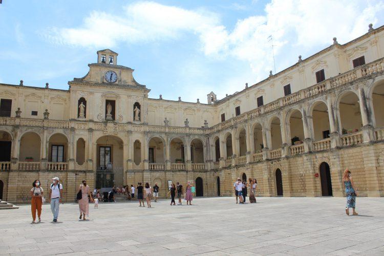 palazzo arcivescovile-lecce