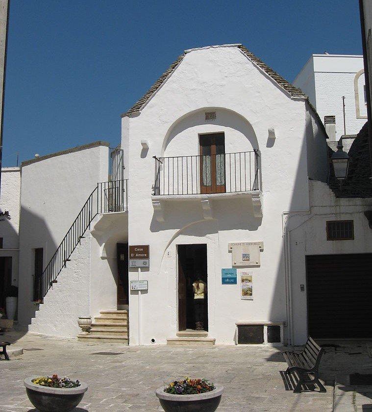 Alberobello_Casa_Damore