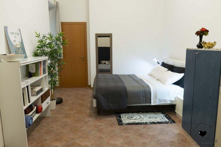 camera da letto-cuore di filo