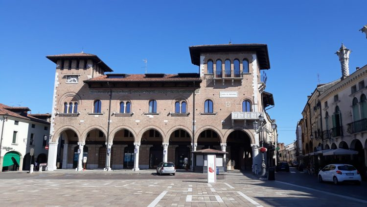 palazzo-piazza vittorio emanuele.montagnana