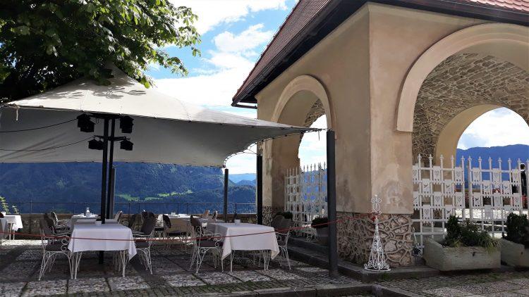 ristorante-castello di bled