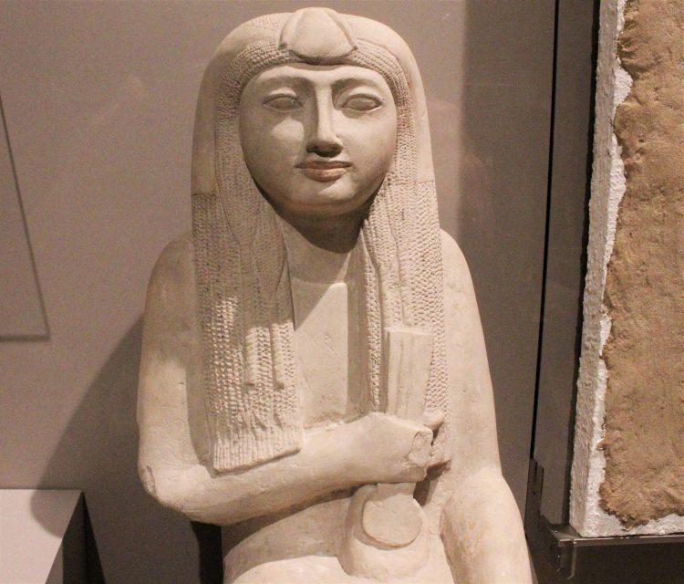 statua di hel - museo egizio di torino