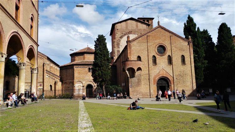 Piazza Santo Stefano-Bologna